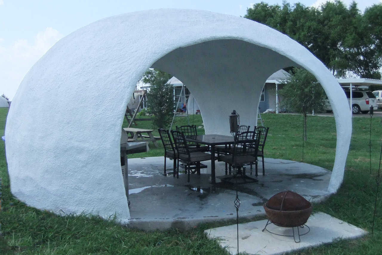 The Monolithic Gazeedome — This dome-shaped, long-lasting, low maintenance gazebo was designed by Mike South, using EcoShell I technology.