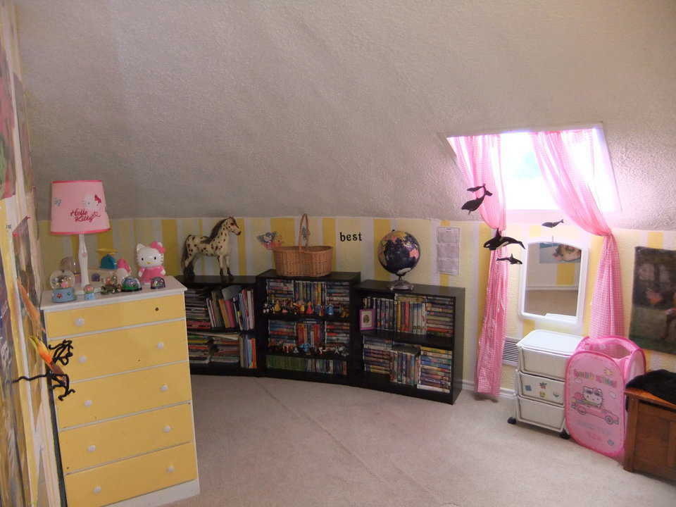 Loft — It has lots of books and lots of pink!