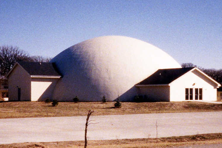Church of Christ — Built in 1996 in Salina, Kansas, this Monolithic Dome church has a diameter of 110 feet and a height of 40 feet.
