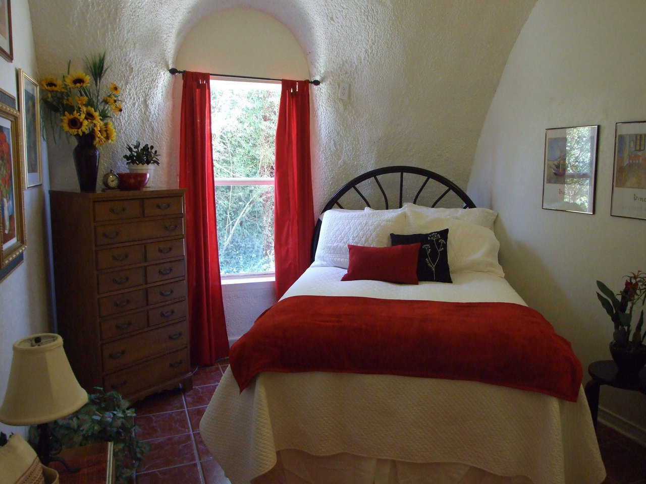 Bedroom 3 — Charca Casa has three bedrooms plus a guest room.