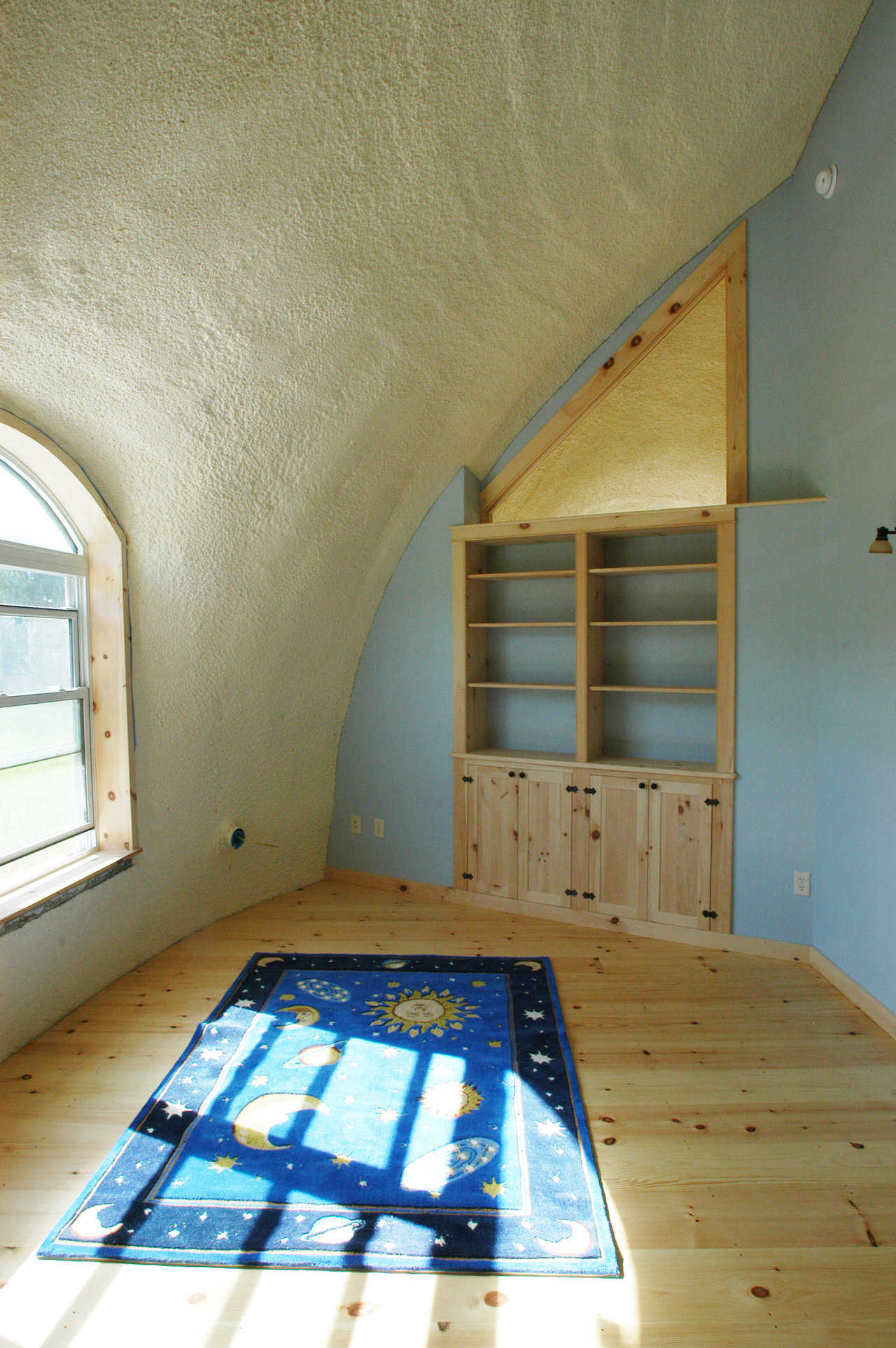 Child's bedroom with east window