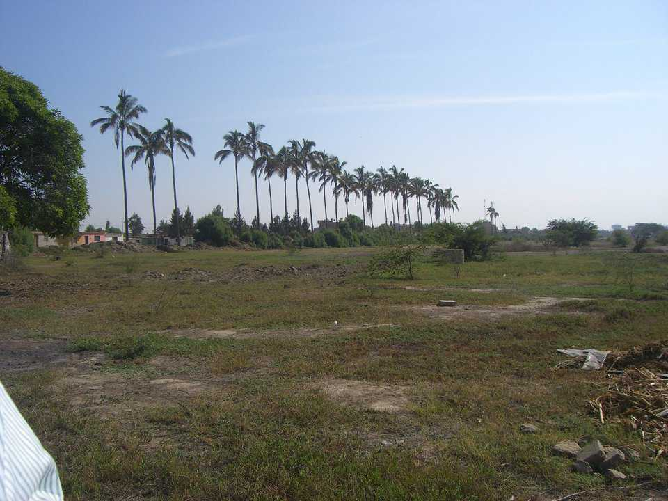 La Peña, Lambayeque — This is SUBE's first project (138 pre-sold homes on 10 acres).  They hope to break ground in October 2010.