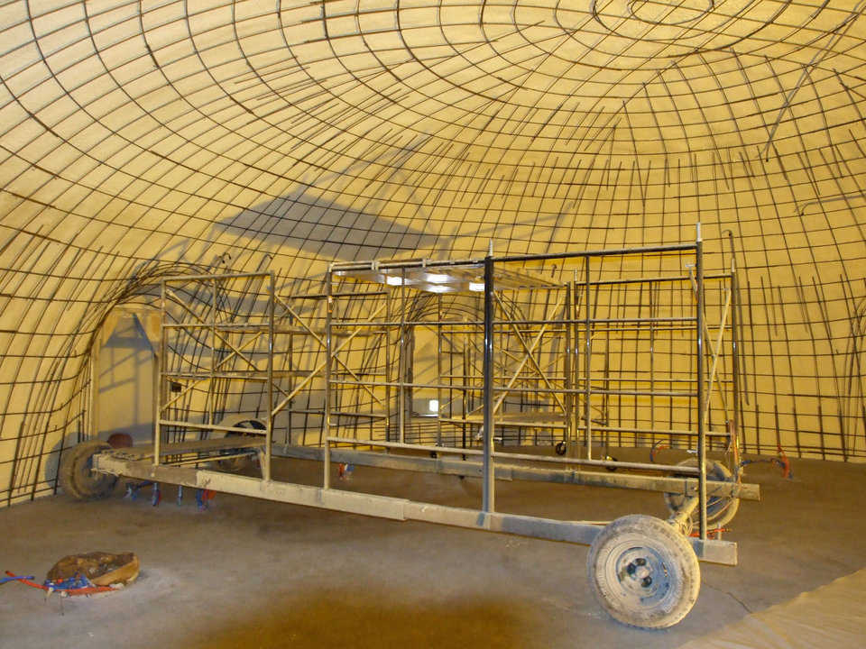 Paxis Scaffold — The Paxis scaffold is the best scaffolding for dome structures.  It can be adjusted to build any size dome and will keep your applicators in the right spraying position, in a nice constant speed around the dome.