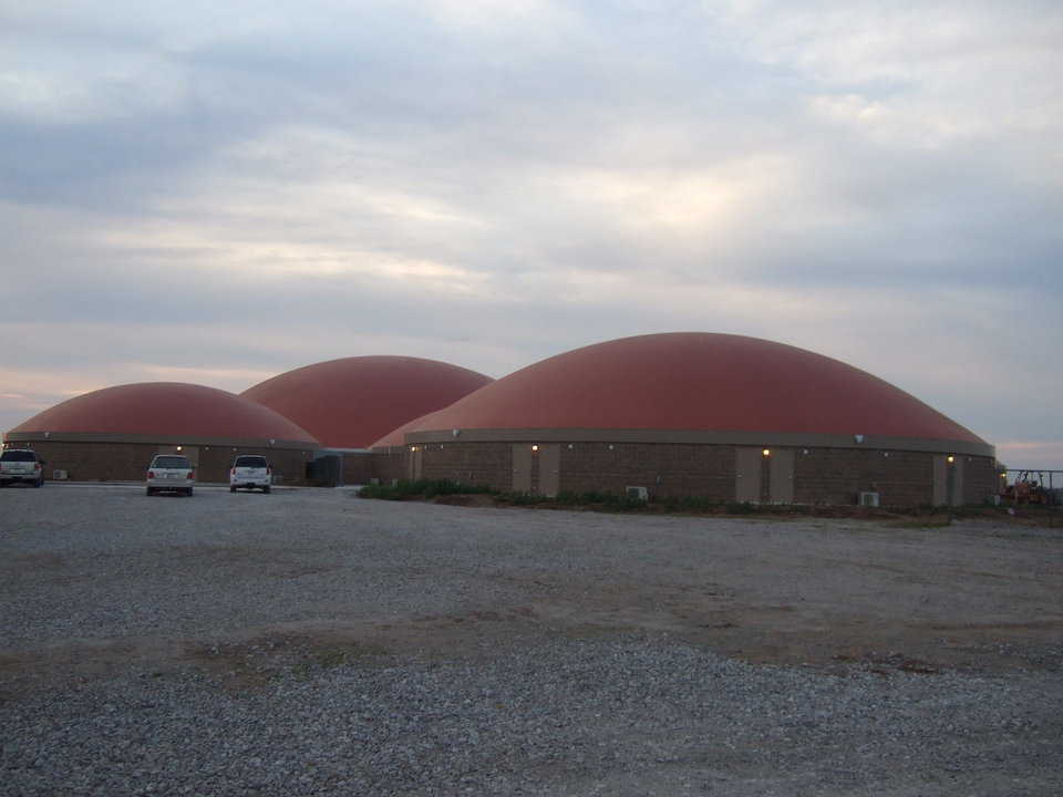 Geronimo, Oklahoma — A whopping 73% of Geronimo's voters passed a $5.7 million bond, $4 million of which was slated for the construction of five Monolithic Domes.
