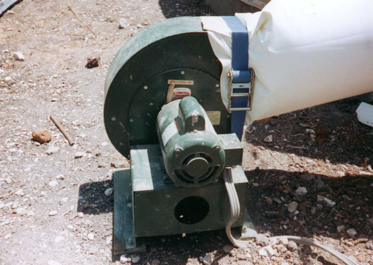 Step 2 — Inflator fan is the same as that used in Monolithic Dome construction. For small domes, use the Monolithic Puffer at a pressure of about 2 inches of water column. Monitor carefully. Increased pressure can expand the Airform and pull off or crack the concrete.