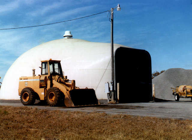Salt Storage near Texoma, OK — Most salt storage structures are filled by pushing the salt into the building with a front-end loader. But if the buyer plans on pouring the salt into the dome through a top opening, Monolithic will construct the salt storage with an opening at the top. For the Airform, that will be the dome's outer membrane, Monolithic suggests choosing a white or sandstone color. But other colors are also available.