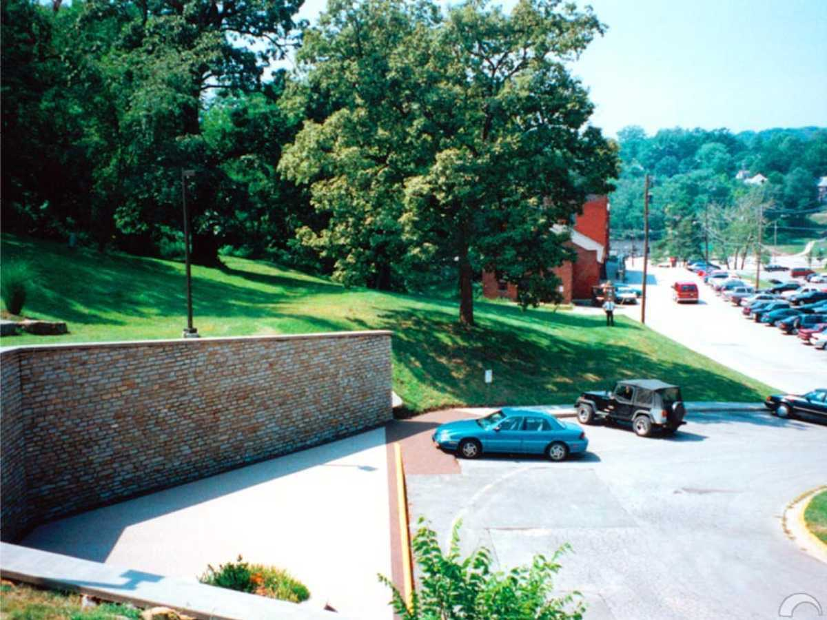 Hills and trees — Park U in Parkville, Missouri has a beautiful, tree-shaded campus.