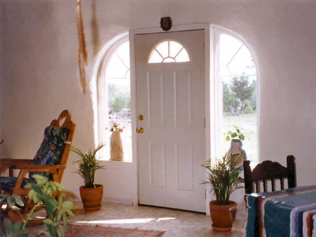 Front entrance — It opens onto a living area of 1734 square feet.