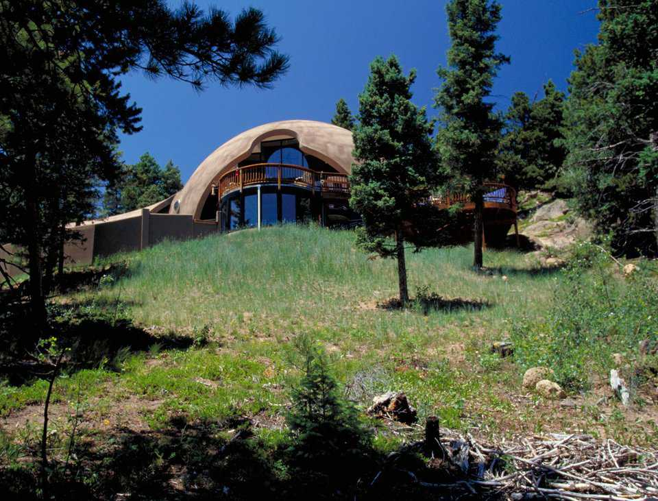 Love at first sight — The Garlocks said they immediately fell in love with the nonconventional design of their dome-home.