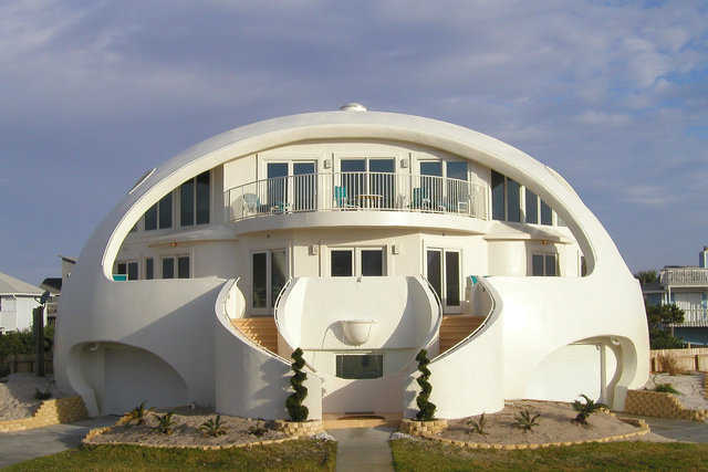Dome of a Home — Mark and Valerie Sigler's dome in Pensacola Beach, Florida was built after their conventional home was damaged twice by hurricanes.