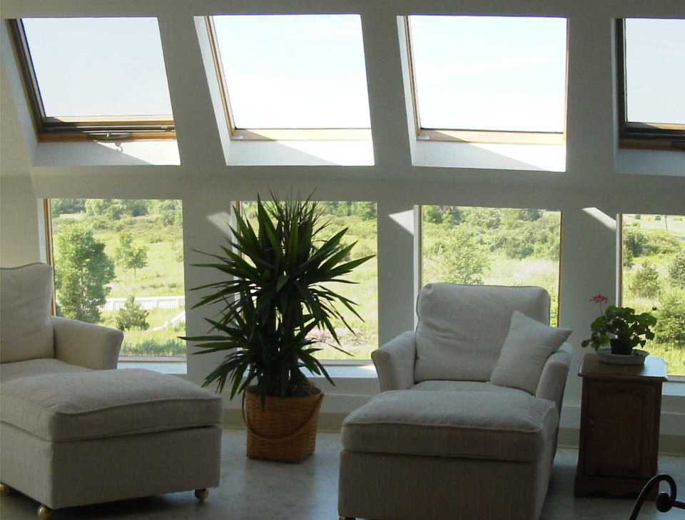 Sitting Area — This third-floor bedroom has a sitting area with a view.