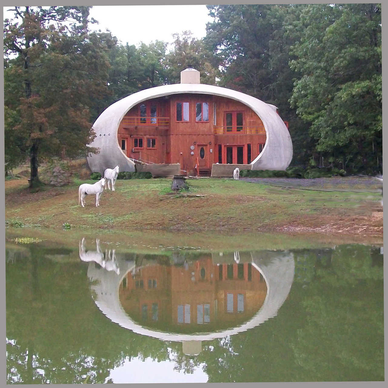 This beautiful Monolithic Dome home in Cloudland, Georgia is a multi-level, prolate ellipsoid. Its Airform measured 60′×37′×27′.
