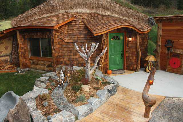Hobbit House of Montana — The 1075 square feet of this Monolithic Dome encompass a living/dining area, kitchen, master bedroom and bath, small bedroom and laundry area.
