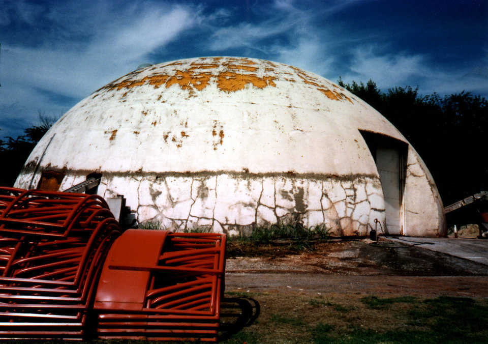 During the 33 years that followed the dome's construction, its coating deteriorated. In those early days, Airforms were removed instead of remaining on the shell, and a coating was applied over the foam to protect it. Monolithic soon learned that coatings do not protect the foam as well as an Airform can and does.