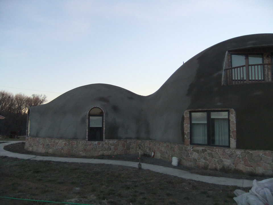 This photo depicts the dome, after the stucco was applied.