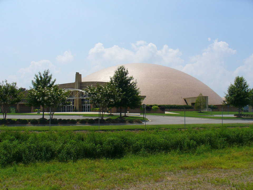 Faith Chapel Christian Center — Located in Birmingham, Alabama, this Monolithic Dome mega church was built in 2000. It is a 280ft diameter dome with 61,575sf (1.414 acre).